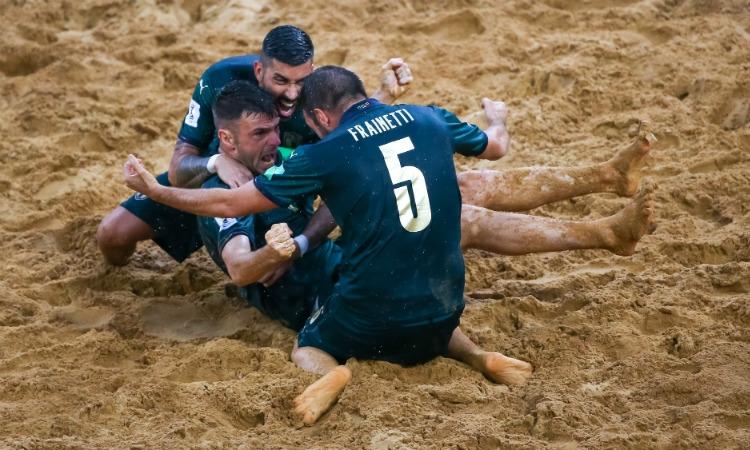 Un'Italia immensa batte la Russia per 8-7 all'extra time e conquista la finale del Mondiale