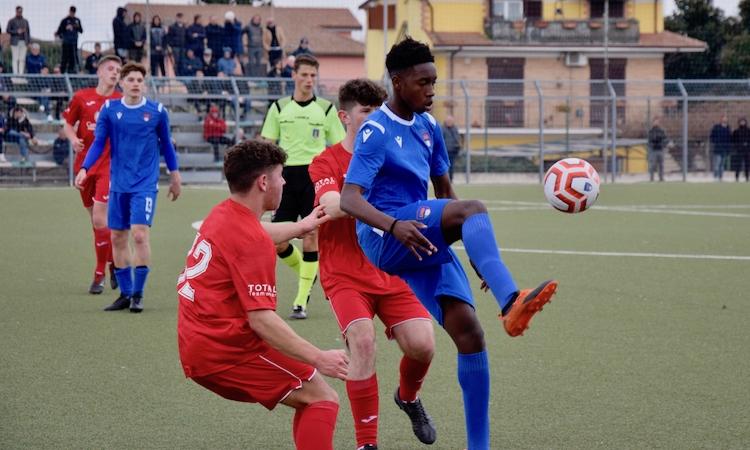 Dall'Under 18 LND alla Serie A in un anno: Rachid Kouda firma per il Cagliari